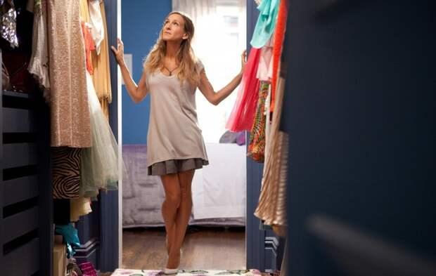 Снимите это немедленно: что нужно убрать из гардероба ради здоровья организма