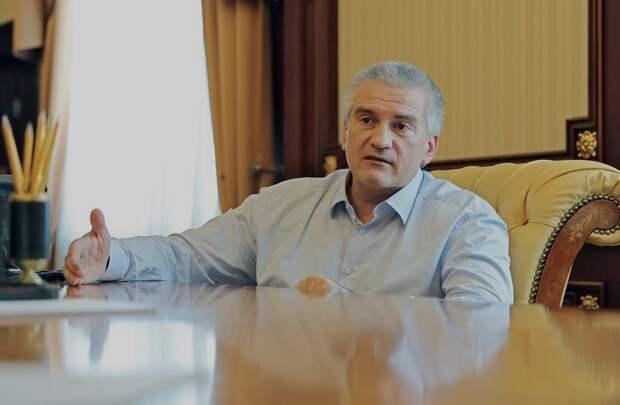 Европейские санкции сделали Аксенова сильным и самодостаточным