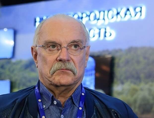 «Бесогона» Михалкова, в котором он обвинил Гейтса в чипизации населения, сняли с эфира