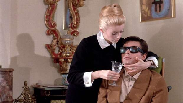 """Катрин Денев в образе элитной проститутки, фильм """"Дневная красавица"""" (1967)."""
