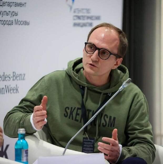 Как Запад продвигает демократию в России
