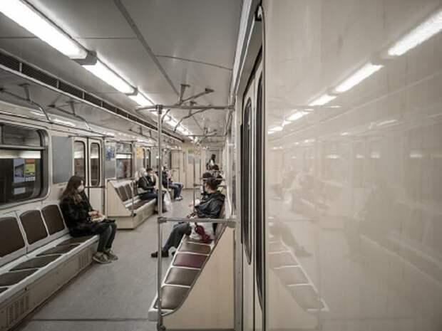 Дождь в Москву все-таки нагрянул и уже остановил пару веток метро