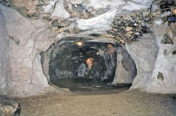 Древние подземные города