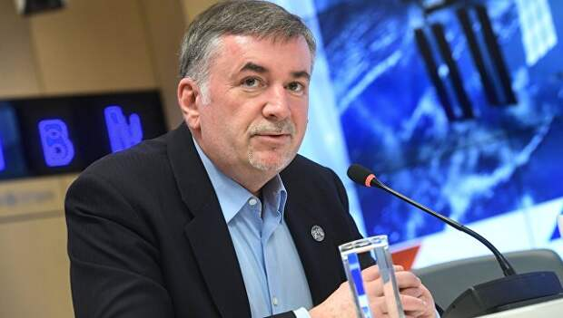 Директор Центра общественных коммуникаций Госкорпорации Роскосмос Владимир Устименко