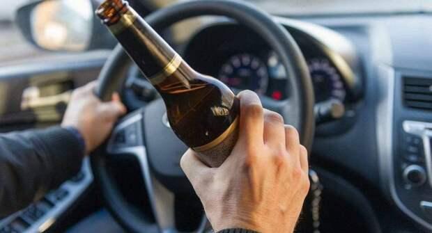 Стало известно, когда пьяные водители чаще выезжают на дорогу