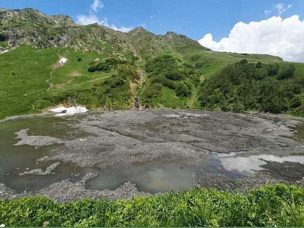 Туристы не смогут побывать в этом сезоне на озере Малое рядом с Сочи