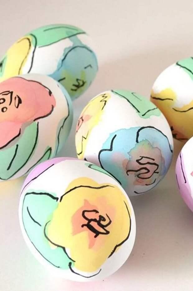 Яйца с таким оформлением станут настоящим украшением стола. /Фото: 356627.smushcdn.com