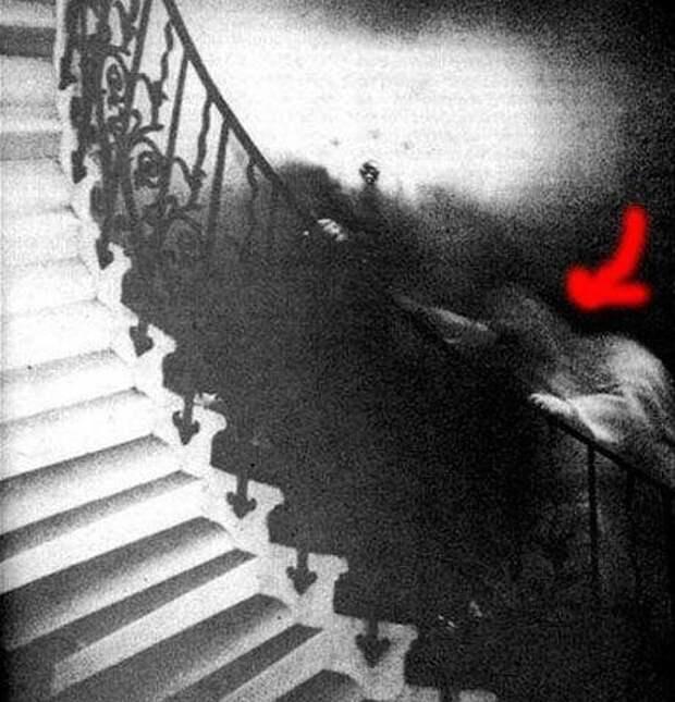 ghosts03 Реальность или дефект пленки? Самые известные фотографии призраков