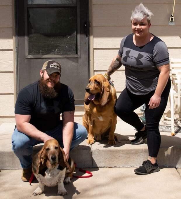 Хозяева взяли из приюта собаку, у которой никогда не было своего двора. И однажды они сделали для нее сюрприз