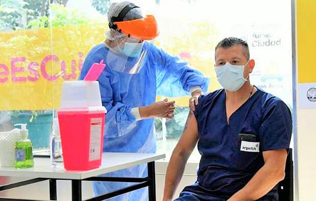 """Оболганный """"Спутник"""". Как общественность Аргентины поднялась на защиту российской вакцины, против которой идет настоящая война"""
