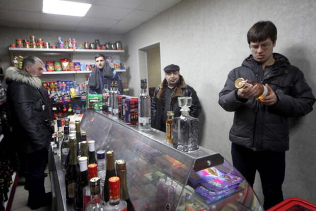 Песков заявил, что регионы могут вводить «сухой закон» в праздники