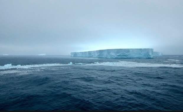 Подо льдами Антарктиды обнаружили «необычную» находку