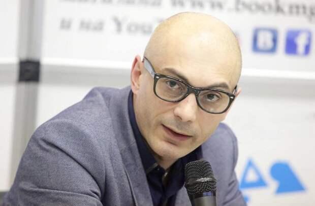 Армен Гаспарян: Либеральным революционерам стоит прислушаться к Удальцову, раз своих мозгов не хватило