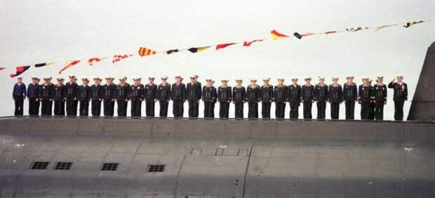 18 лет назад погибла подводная атомная лодка «Курск»