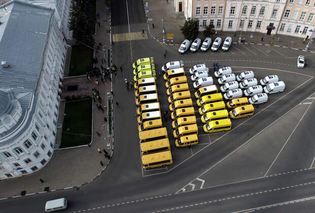 В Торопецкий район передали два новых школьных автобуса