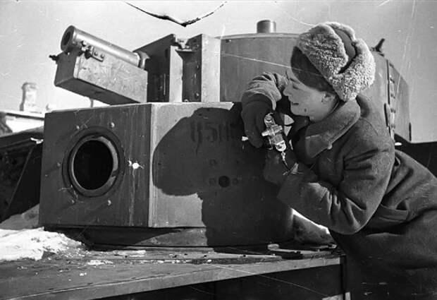 Ко Дню Победы: женщины на войне