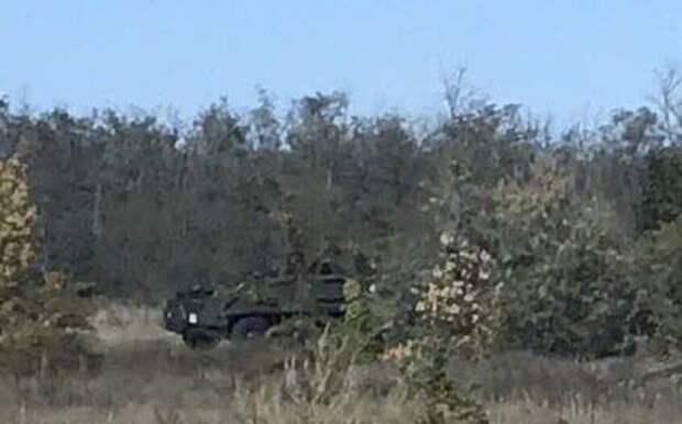 Пьяные украинские военные на границе с Крымом устроили дебош на бронемашине (ФОТО)