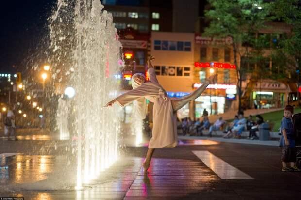Dancers-Among-Us-in-Montreal-Alyssa-Desamais