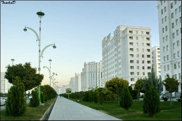 30 колоритных фотографий Ашхабада – беломраморной столицы Туркменистана