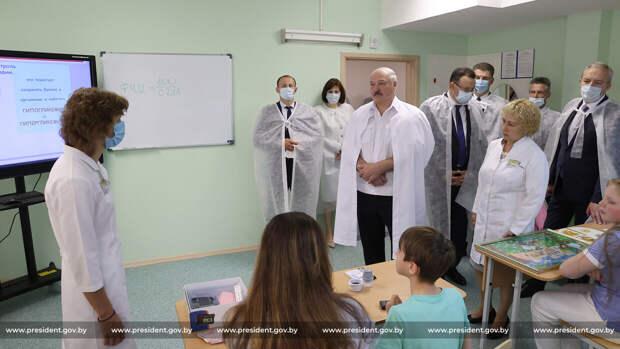 Лукашенко раскрыл детям свои президентские планы: «Я глюкоза для взрослых»