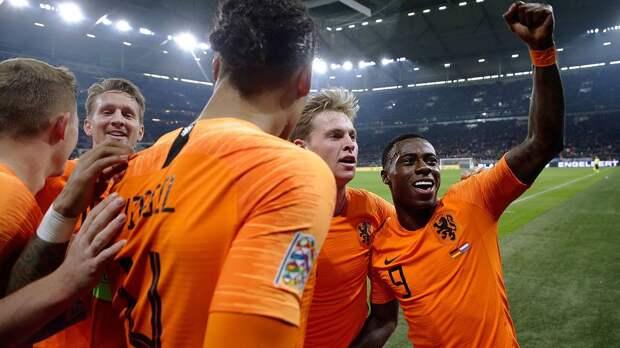 Де Бур стал первым тренером сборной Нидерландов, не выигравшим ни одного матча из первых четырех