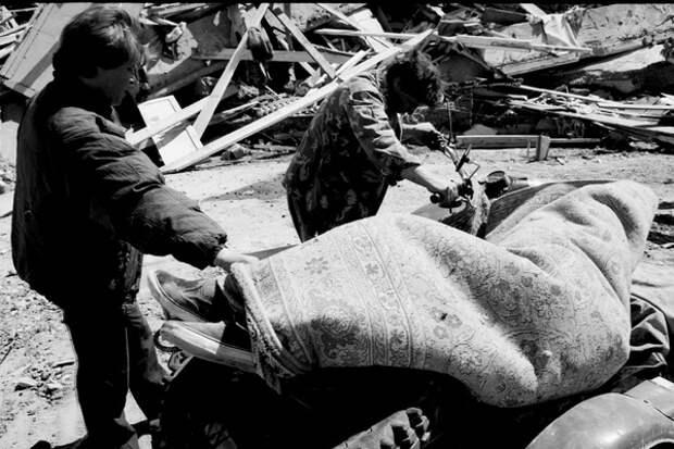 Число жертв и постраавших от землетрясения растет: Путин выразил соболезнование Эрдогану