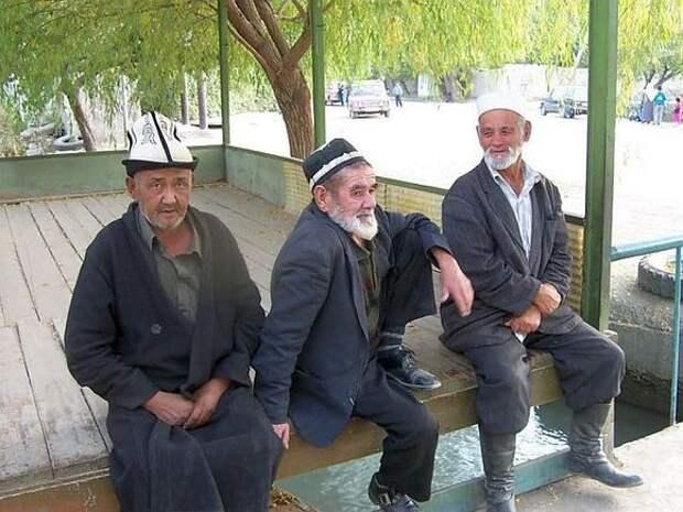 Лидеры киргизской и таджикской диаспор призвали своих сограждан к миру