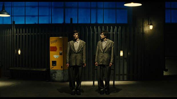 «Двойник»: Такие разные близнецы
