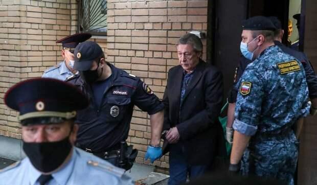 Адвокат Ефремова заявил о намерении обжаловать суровый приговор