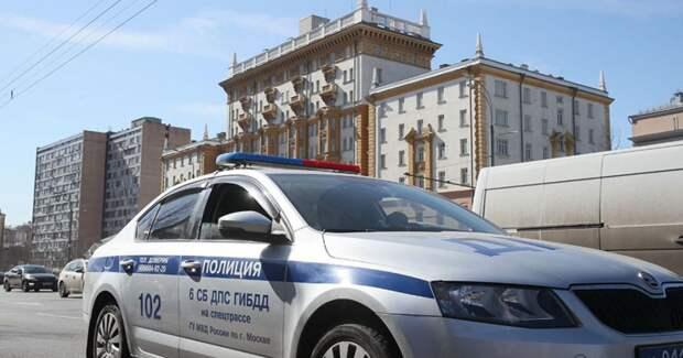 Протаранивший ворота посольства США в Москве оказался пьян