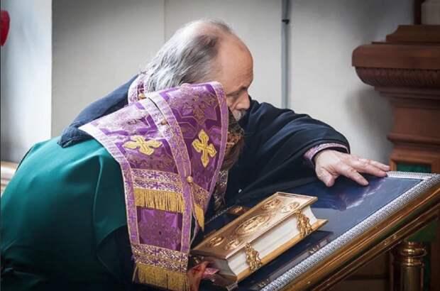 Чему учится священник, слушая чужие исповеди