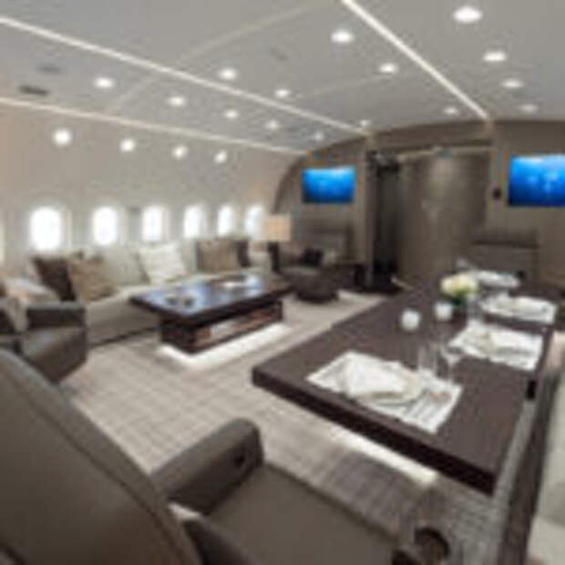 Пятизвездочный отель в облаках: загляните внутрь самого роскошного частного самолета в мире