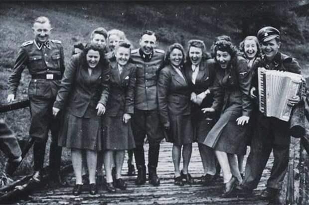 Церемония в Освенциме