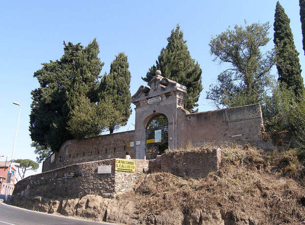 Катакомбы святого Каллиста: одни из самых известных среди десятков подземных лабиринтов Рима