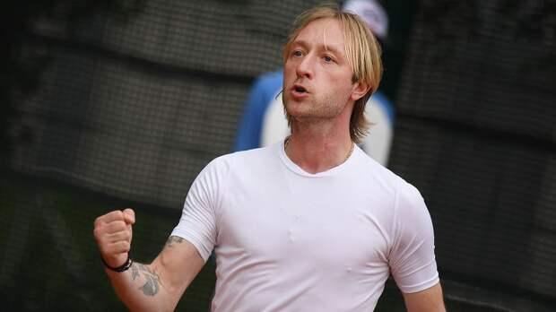 Глава ФФККР объяснил присвоение Плющенко статуса тренера сборной России