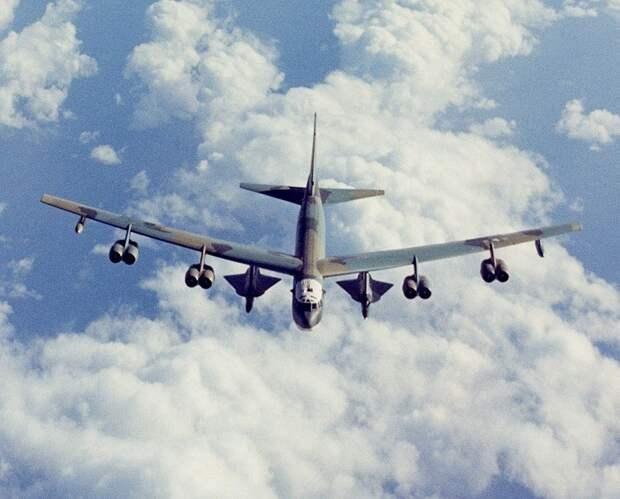 Американские СМИ рассказали, как США случайно «подарили» Москве свои военные секреты