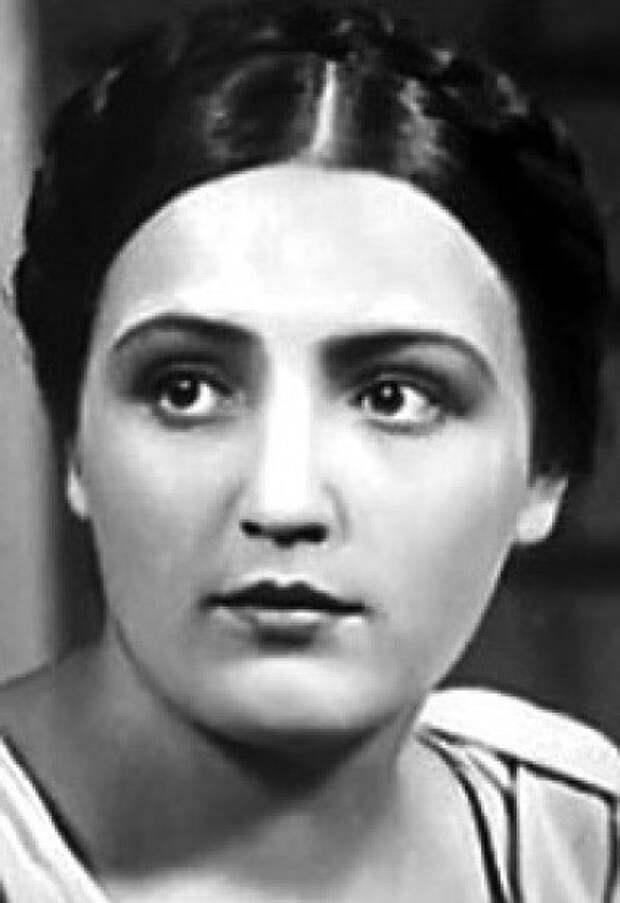 Актриса ГАЛИНА ГРИГОРЬЕВА. Марья-Моревна, краса ненаглядная, из сказки Александра Роу «Кащей Бессмертный» (1944).