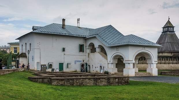 Как выглядели жилые палаты в России допетровского времени