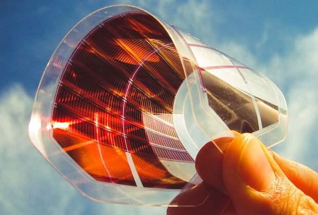 Максеновые пленки повысили эффективность перовскитных солнечных батарей