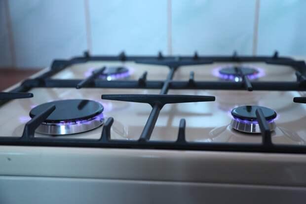 В квартире дома на Коминтерна загорелась еда на плите