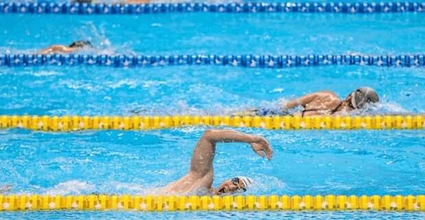 Казахстанцы выиграли две серебряные медали чемпионата по плаванию в Беларуси