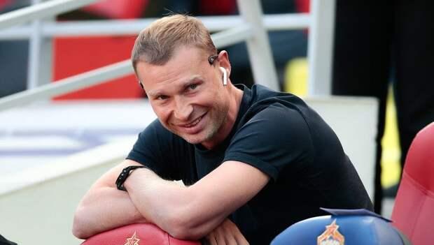 Алексей Березуцкий решил остаться в ЦСКА. Ранее сообщалось о его разногласиях с руководством клуба