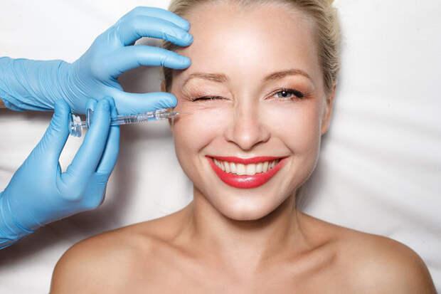 Можно ли сделать ботокс, чтобы лицо осталось «живым», — узнали у эксперта