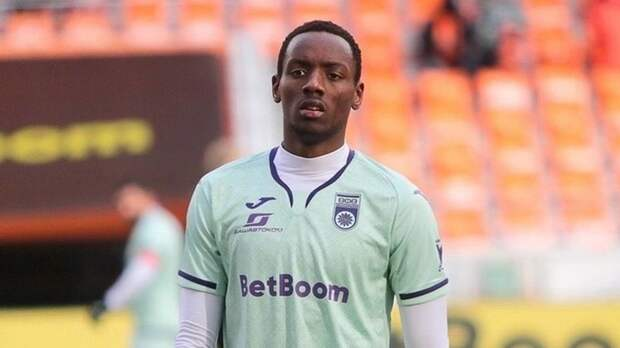 «Моя цель — выиграть РПЛ с «Уфой» и попасть в Лигу чемпионов». Африканец Бизоза — о своих планах в России