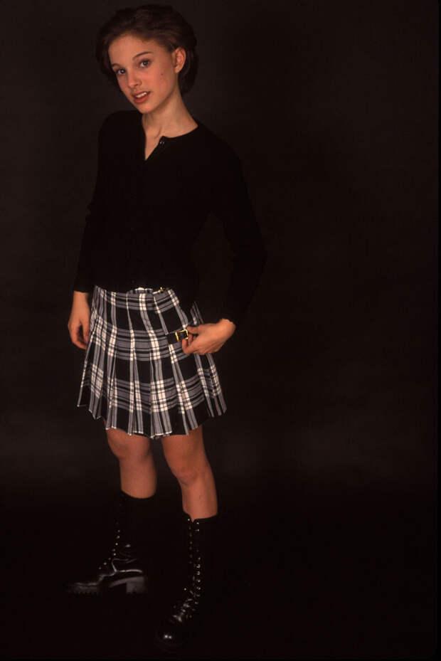 Натали Портман (Natalie Portman) в фотосессии Кена Вайнгарта (Ken Weingart) (1994), фото 6