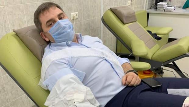 Депутат Государственной Думы Дмитрий Ламейкин сдал кровь для лечения больных коронавирусной инфекцией