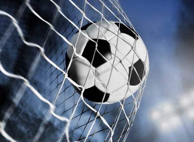 Третий гол молодёжный «Зенит» забил десятерым