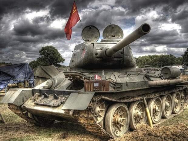 Мощь легендарного советского танка признавалась и противником. /Фото: pinterest.ru