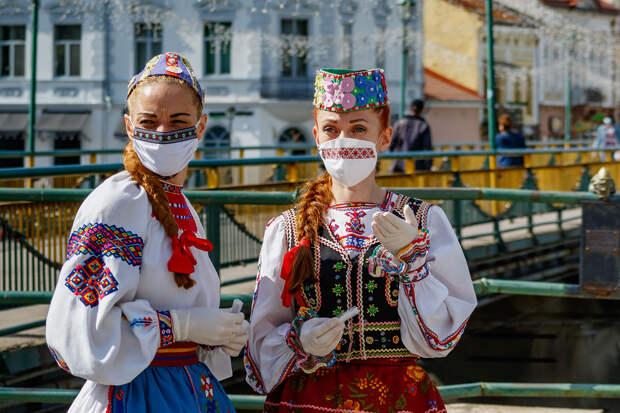 Очаровать Крым и разбомбить Венгрию: На Украине нашли новых тайных врагов