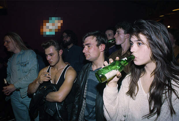 Встреча членов Партии любителей пива, Москва, 1 октября 1994 года